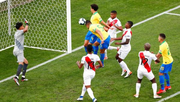 إتحاد أمريكا الجنوبية يكشف عن كرة نهائي بطولة كوبا أمريكا