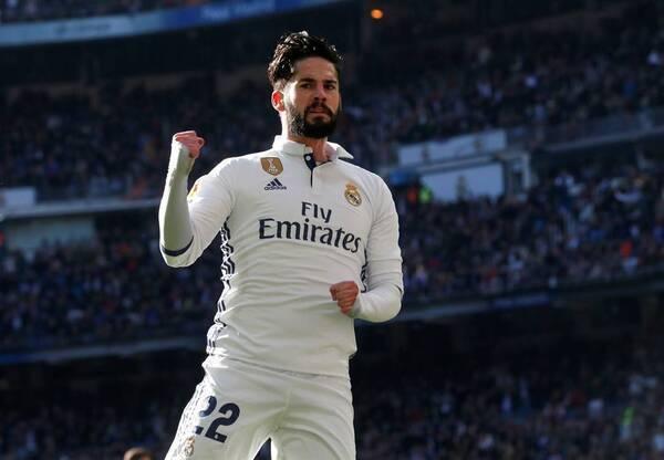 ايسكو يقترب من البقاء مع ريال مدريد