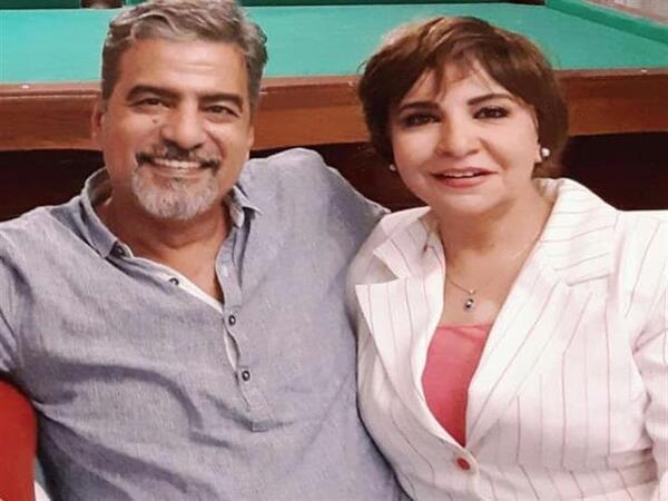 الفنان جمال عبد الناصر يؤدي فريضة الحج هو وزوجته