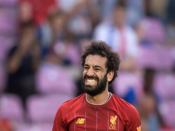 صلاح يتوهج ويقود الريدز للفوز على نوريتش في افتتاح الدوري الانجليزي