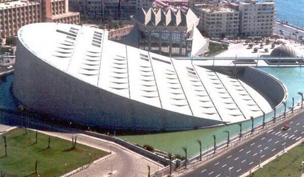 """صورة مكتبة الإسكندرية تصدر النسخة العربية من كتاب """"الإسكندرية القديمة"""" للنشء"""