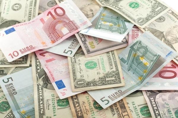 سعر صرف الدولار الأمريكي واليورو والريال السعودي وباقي العملات العربية والأجنبية اليوم الخميس 3-10-2019 في مصر