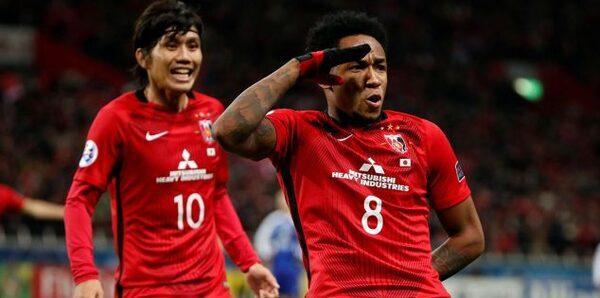اوراوا الياباني يضع قدما في نهائي دوري أبطال آسيا