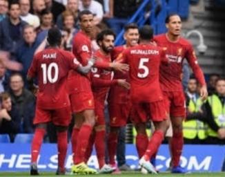 ليفربول يعزز صدارته للدوري الإنجليزي بفوزه على ليستر
