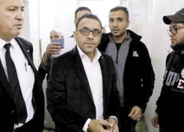 صورة اعتقال مسؤولين فلسطينيين من قبل قوات الاحتلال الإسرائيلي