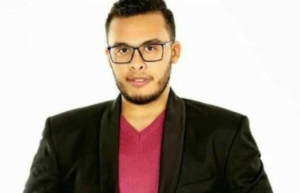 ايمن سليم يشارك متابعيه صورة مع انجي المقدم