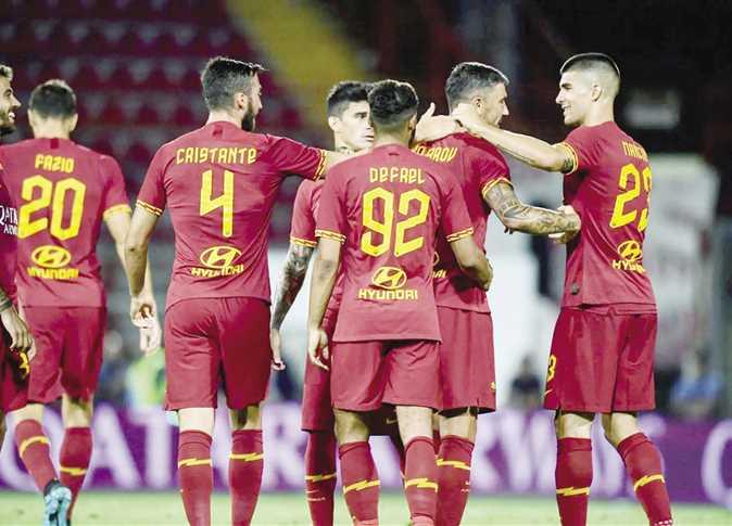 روما يهزم نابولي في منافسات الدوري الإيطالي