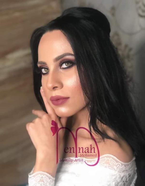 بوسي محمد تتألق في جلسة جديدة مع منة محمد