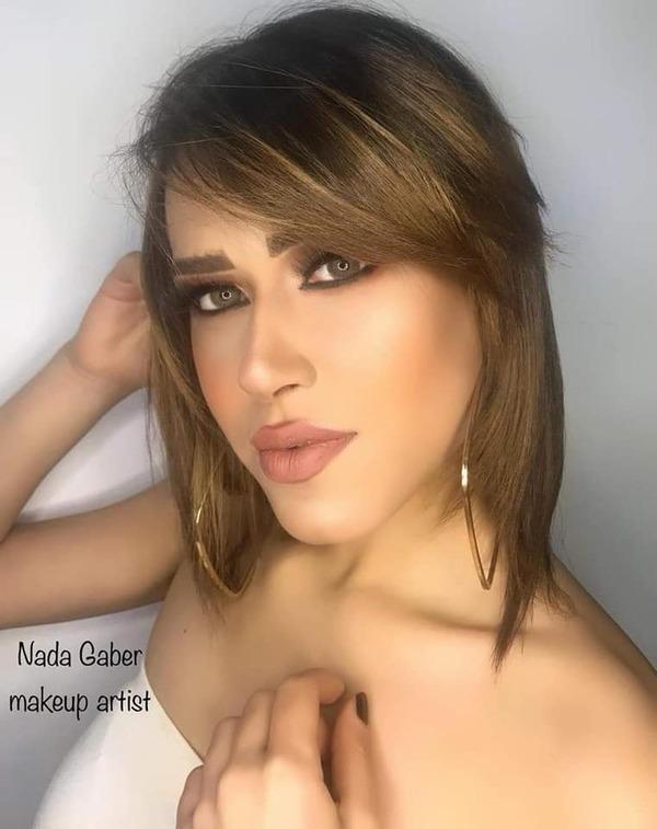 الحسناء منة عز تتألق في أحدث جلسة تصوير رفقة ندى جابر