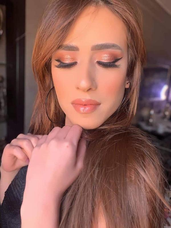 منة عز تتألق في جلسة تصوير جديدة رفقة الاء عبد النبي