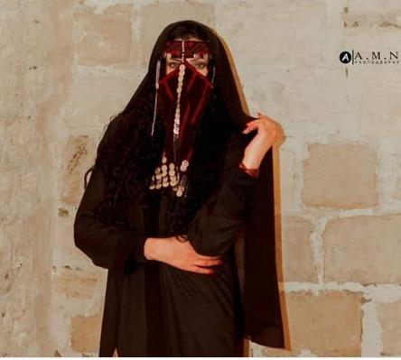 دنيا عبد الغني تتألق في جلسة البدوية
