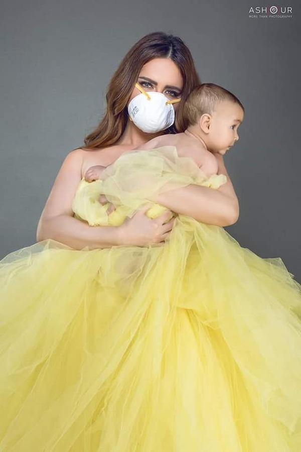 دعوة للوقاية من فيروس كورونا .. رانيا ملاح تتألق في أحدث جلسة تصوير بعدسة محمود عاشور