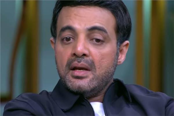 عمرو محمود ياسين يعلن وفاة والده الفنان محمود ياسين بوابة مصر فور