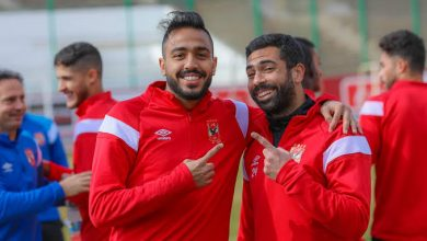 صورة لاعبي الأهلي يودعون أحمد فتحي ويوجهون له رسالة قبل الإنتقال لبيراميدز