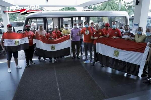 الجالية المصرية في تنزانيا تؤازر الأهلي وترافقه إلى ملعب المباراة